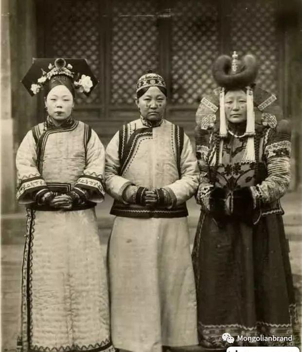 老照片:见证百年前蒙古女性(组图) 第46张 老照片:见证百年前蒙古女性(组图) 蒙古文化