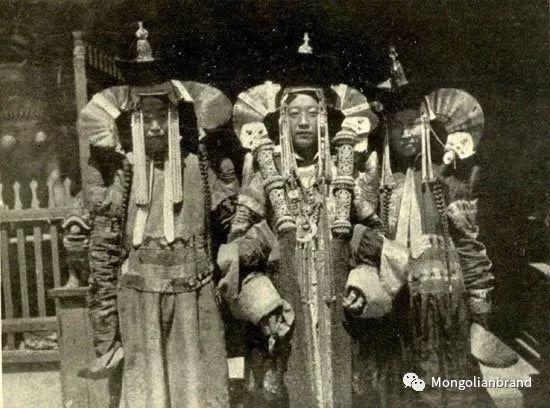 老照片:见证百年前蒙古女性(组图) 第43张 老照片:见证百年前蒙古女性(组图) 蒙古文化