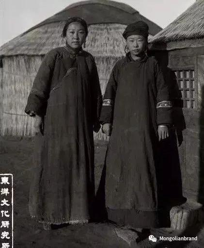 老照片:见证百年前蒙古女性(组图) 第48张 老照片:见证百年前蒙古女性(组图) 蒙古文化