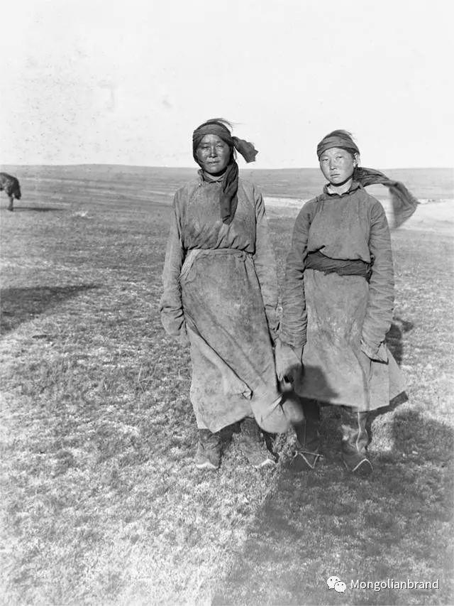 老照片:见证百年前蒙古女性(组图) 第52张 老照片:见证百年前蒙古女性(组图) 蒙古文化