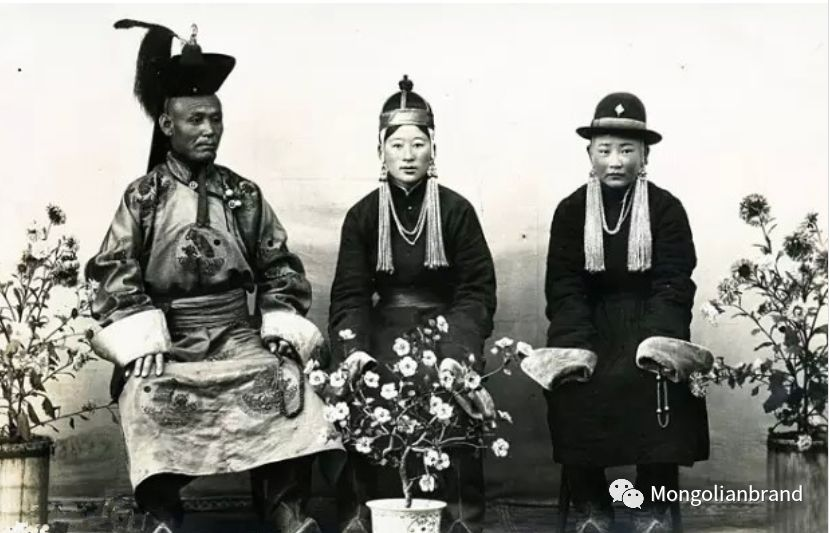 老照片:见证百年前蒙古女性(组图) 第50张 老照片:见证百年前蒙古女性(组图) 蒙古文化