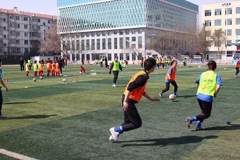中国足球唯一荣获世界冠军的蒙古女子足球队 第8张