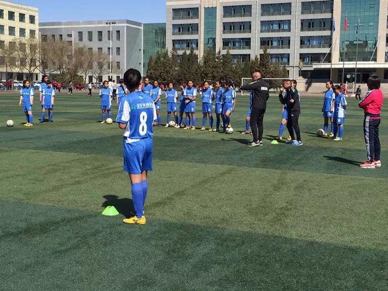 中国足球唯一荣获世界冠军的蒙古女子足球队 第11张
