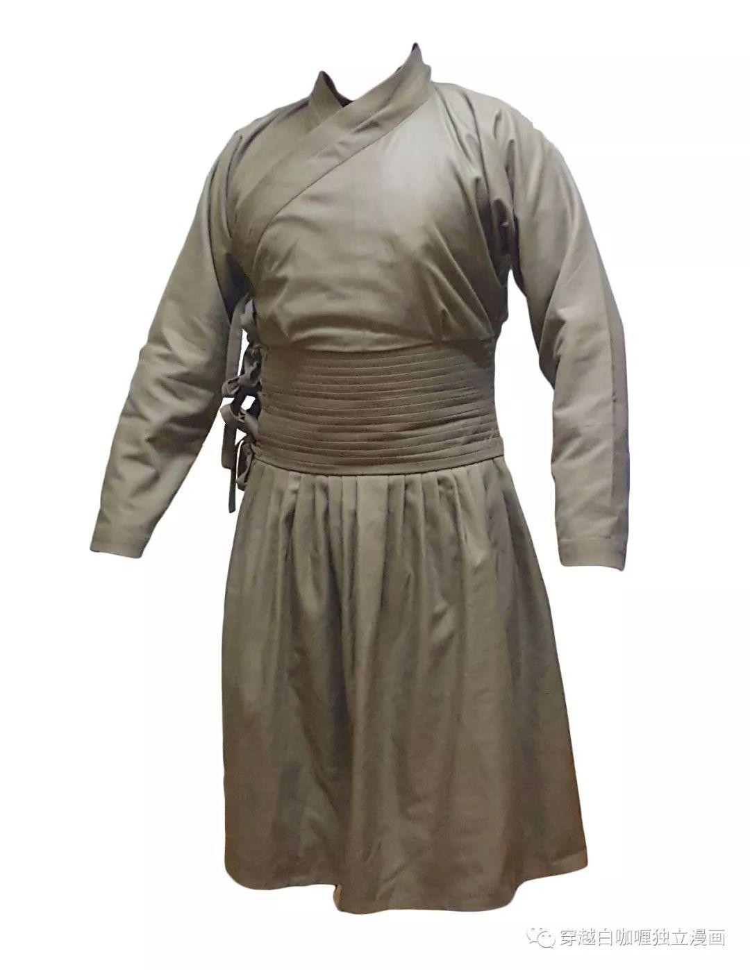 【蒙古文化】什么是蒙古袍? ᠳᠡᠪᠡᠯᠤᠨ ᠲᠤᠬᠠᠢ 第4张 【蒙古文化】什么是蒙古袍? ᠳᠡᠪᠡᠯᠤᠨ ᠲᠤᠬᠠᠢ 蒙古服饰