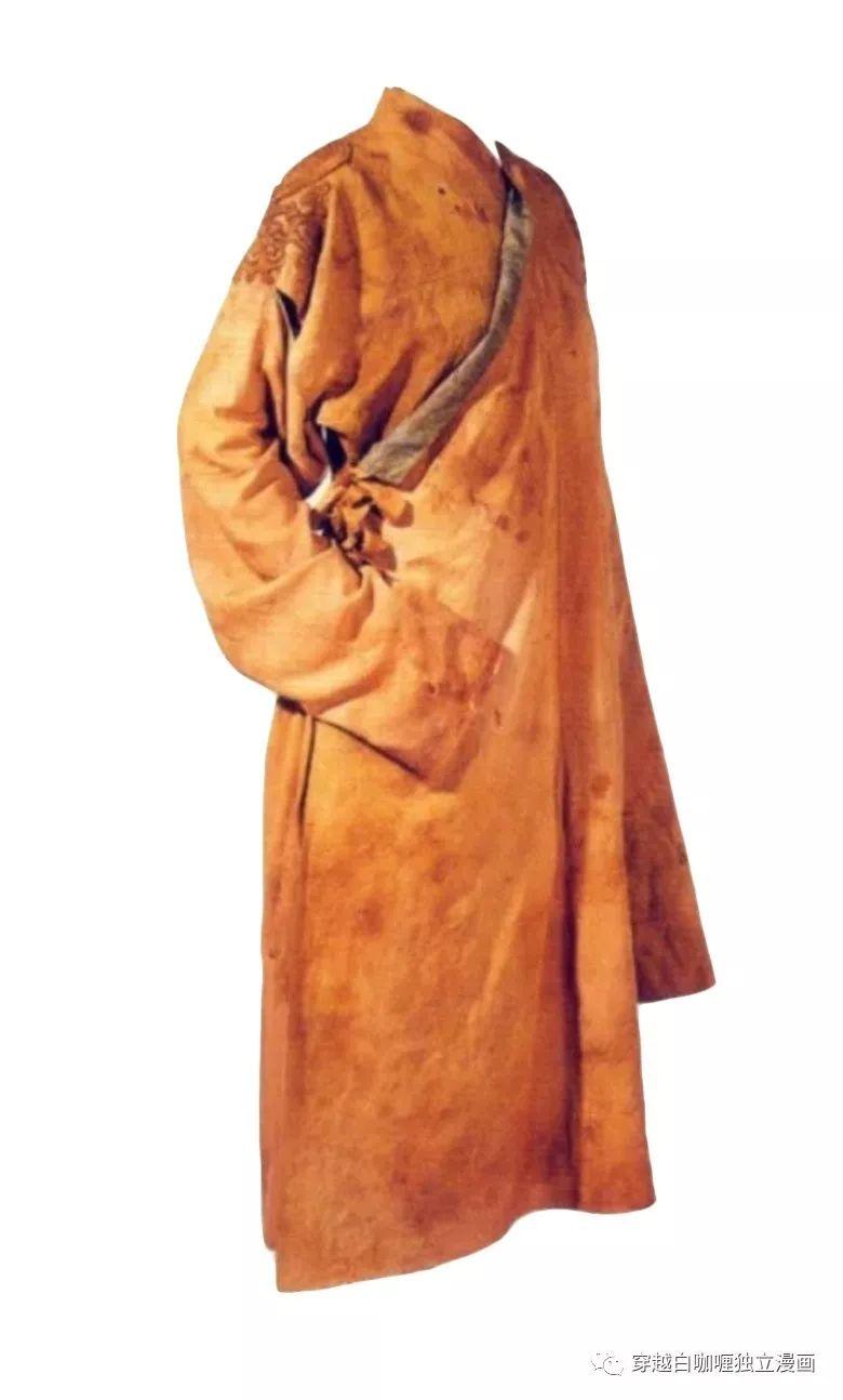 【蒙古文化】什么是蒙古袍? ᠳᠡᠪᠡᠯᠤᠨ ᠲᠤᠬᠠᠢ 第18张 【蒙古文化】什么是蒙古袍? ᠳᠡᠪᠡᠯᠤᠨ ᠲᠤᠬᠠᠢ 蒙古服饰