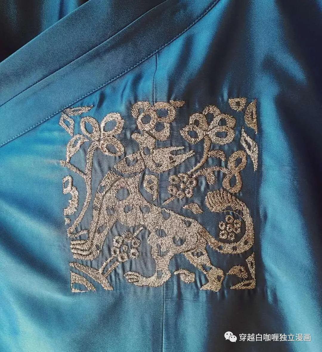 【蒙古文化】什么是蒙古袍? ᠳᠡᠪᠡᠯᠤᠨ ᠲᠤᠬᠠᠢ 第49张 【蒙古文化】什么是蒙古袍? ᠳᠡᠪᠡᠯᠤᠨ ᠲᠤᠬᠠᠢ 蒙古服饰