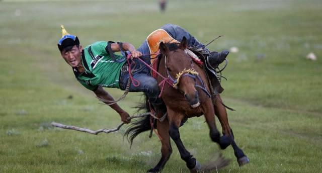 蒙古男儿三大游戏 您了解吗? 第2张 蒙古男儿三大游戏 您了解吗? 蒙古文化