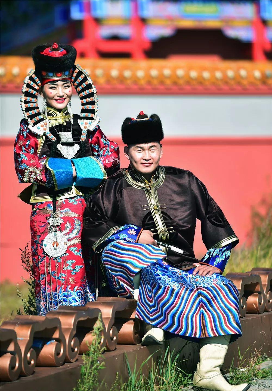 巴尔虎蒙古族服饰:那一抹惊艳犹如画中(Mongol) 第11张 巴尔虎蒙古族服饰:那一抹惊艳犹如画中(Mongol) 蒙古服饰