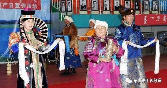 巴尔虎传统蒙古袍即将开启创世界吉尼斯纪录之旅 第3张