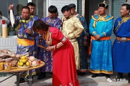 蒙古丨吉林郭尔罗斯蒙古萨满祭祀文化(图集) 第2张