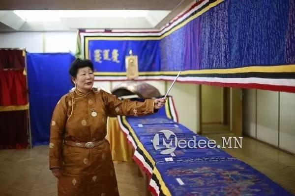 世界上独一无二的刺绣本蒙古秘史,价值连城 第20张