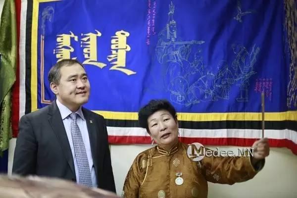 世界上独一无二的刺绣本蒙古秘史,价值连城 第29张
