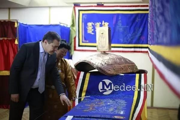 世界上独一无二的刺绣本蒙古秘史,价值连城 第28张