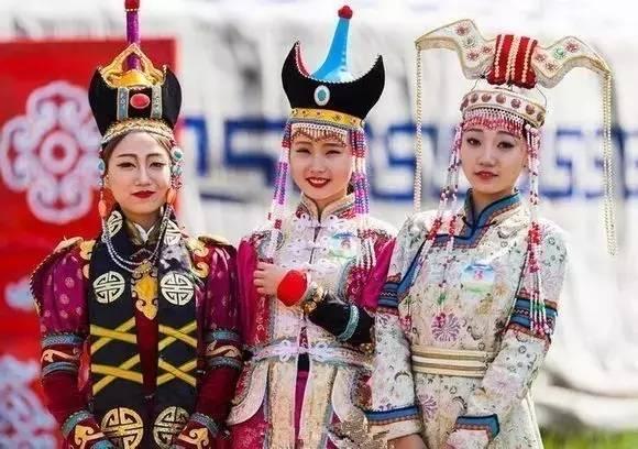 蒙古族姑娘婚礼头饰 第9张 蒙古族姑娘婚礼头饰 蒙古工艺