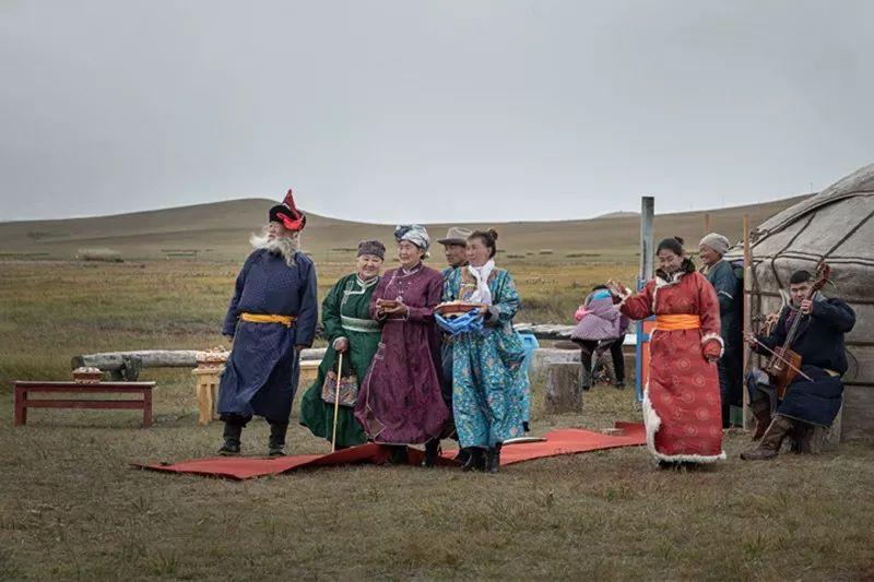 蒙族婚礼 第7张 蒙族婚礼 蒙古文化