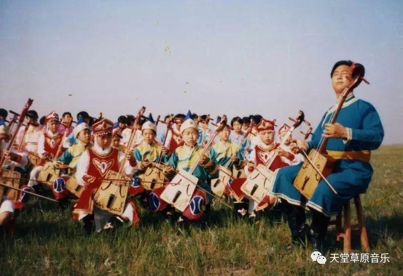 【TTCY 星推荐】郭尔罗斯蒙古艺术家——包嘎日迪 第2张