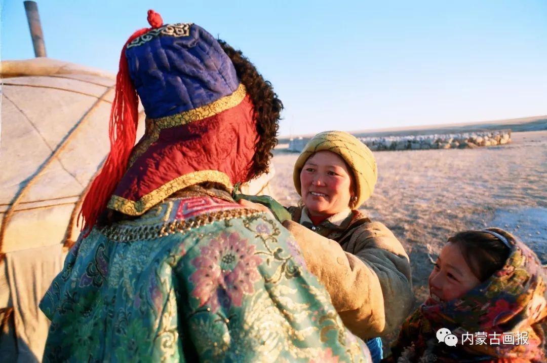 服饰之首——蒙古族冠帽 第9张 服饰之首——蒙古族冠帽 蒙古服饰