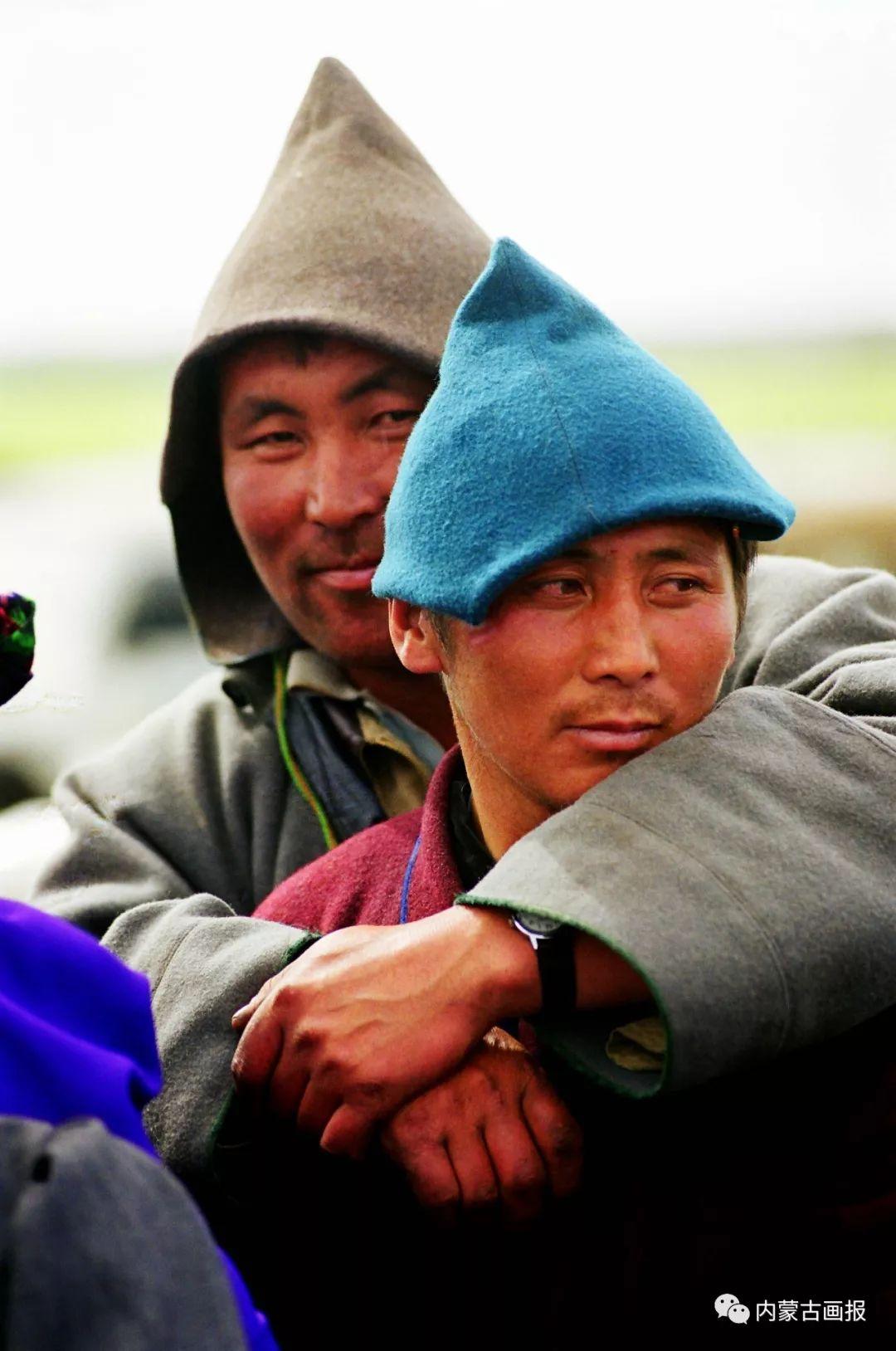 服饰之首——蒙古族冠帽 第17张 服饰之首——蒙古族冠帽 蒙古服饰