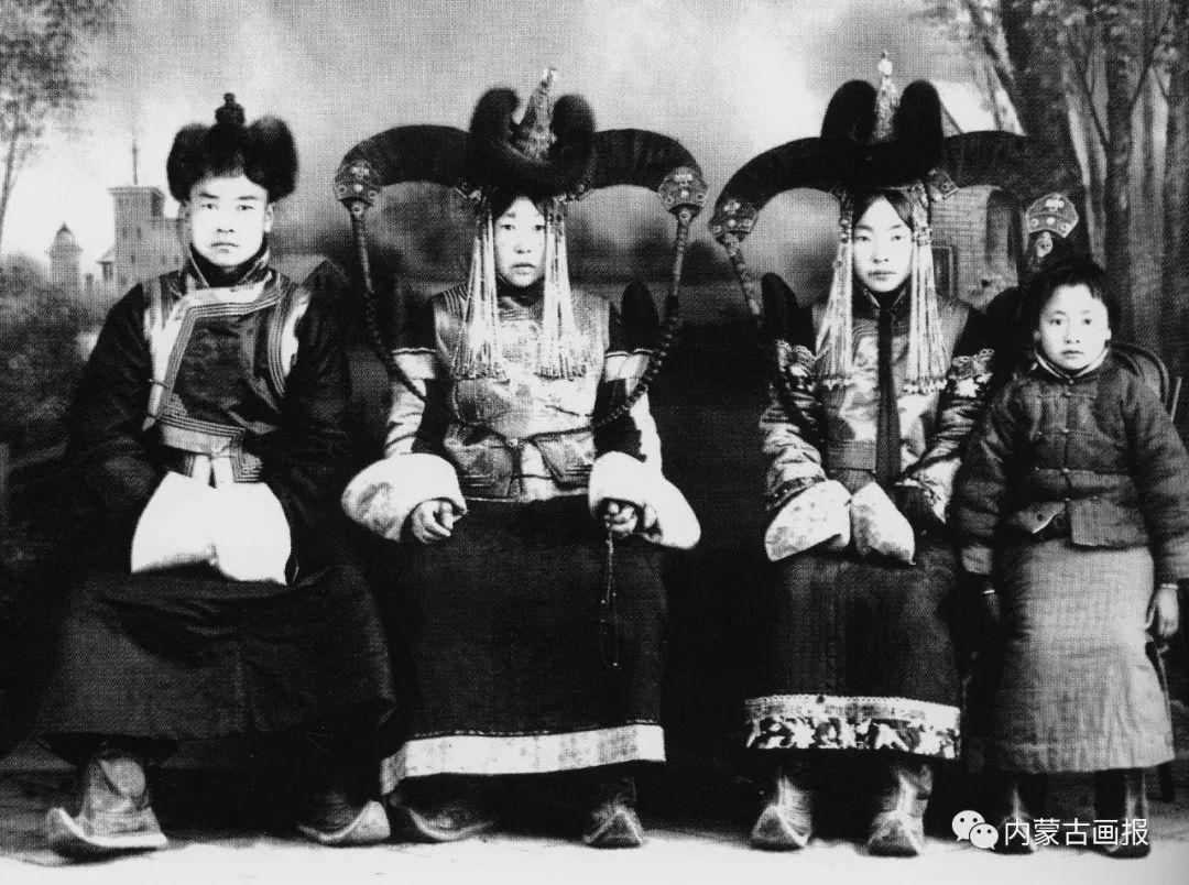 服饰之首——蒙古族冠帽 第20张
