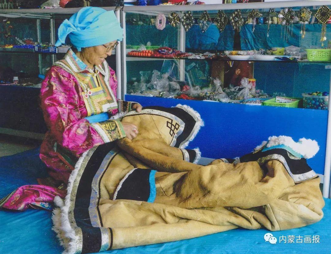 寒冷冬日,蒙古族是这样防寒的! 第2张 寒冷冬日,蒙古族是这样防寒的! 蒙古服饰