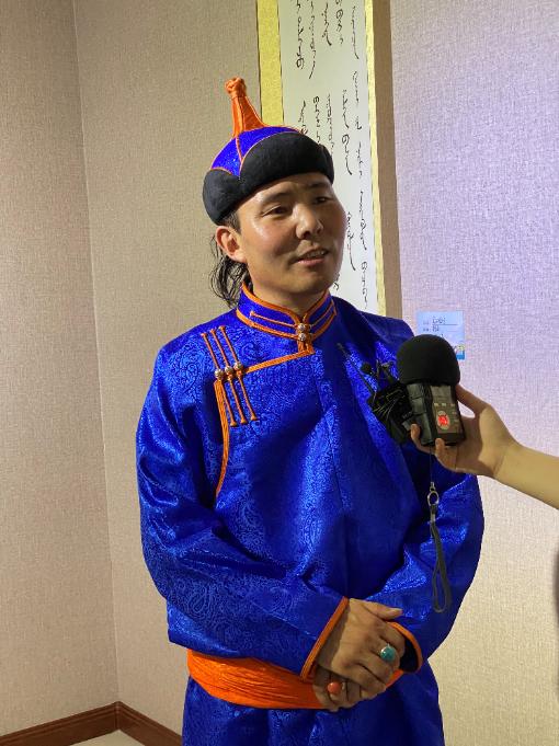 """全区蒙古文""""小小书法家""""欢聚青城 第3张"""