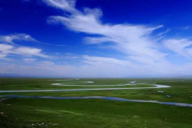 新疆巴音郭楞蒙古自治州和静县巴音布鲁克草原美景 第11张 新疆巴音郭楞蒙古自治州和静县巴音布鲁克草原美景 蒙古文化