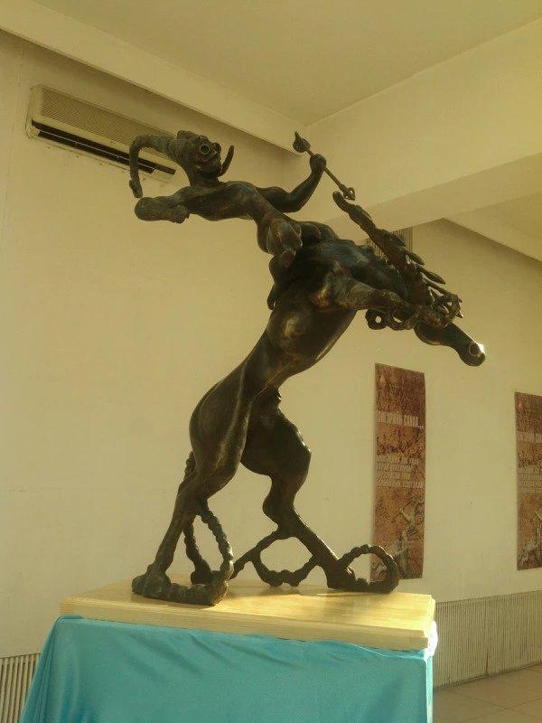 【艺术】蒙古风格的现代雕塑.雕刻 第48张 【艺术】蒙古风格的现代雕塑.雕刻 蒙古画廊