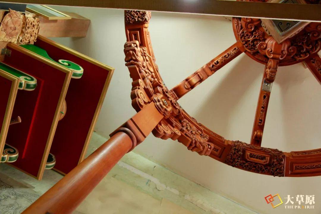 """有38年工作经验的蒙古国雕刻师,为什么将蒙古包称为""""会呼吸的建筑""""? 第12张"""