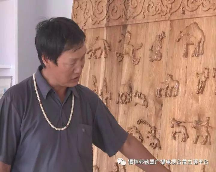 高·哈斯巴根雕刻的《蒙古族马文化经典木雕》作品与观众见面【蒙古文】 第4张