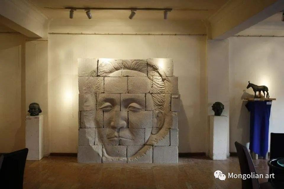 蒙古国雕塑艺术家Дашмаагийн Очир 第17张