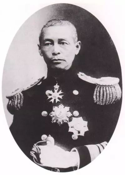 他是蒙古族后裔,担任民国海军司令,没想到书法温婉有才情 第2张