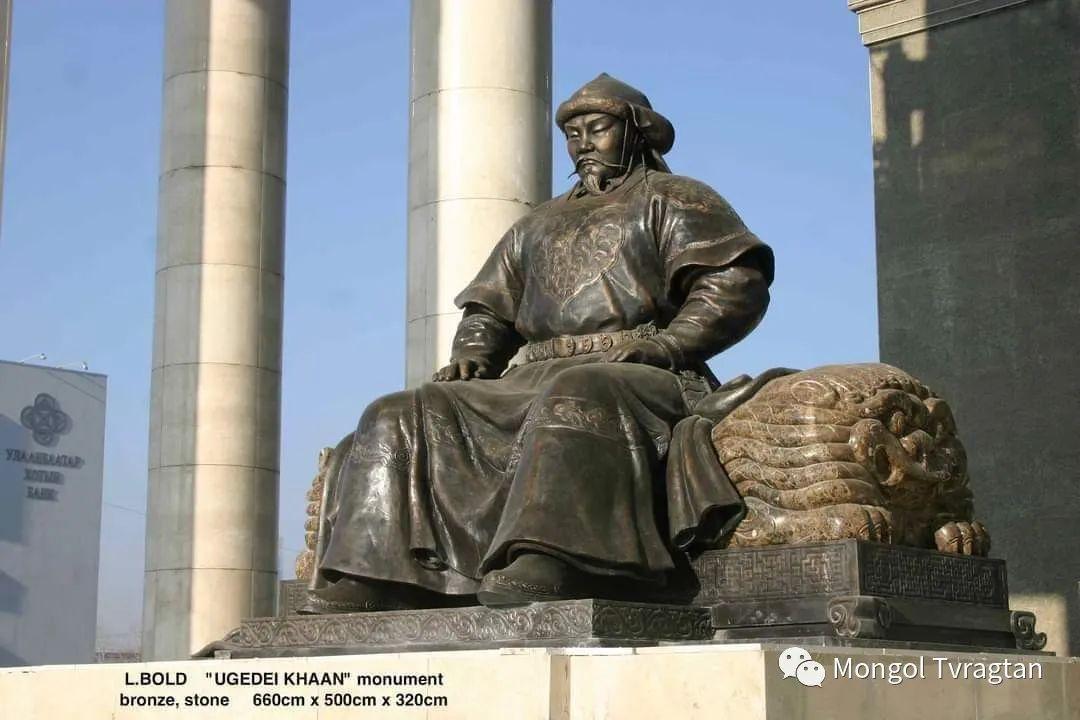 ᠤᠷᠠᠨ ᠪᠠᠷᠢᠮᠠᠯᠴᠢ - ᠯ᠂ ᠪᠤᠯᠤᠳ蒙古国雕塑家- 乐,宝力道 第6张