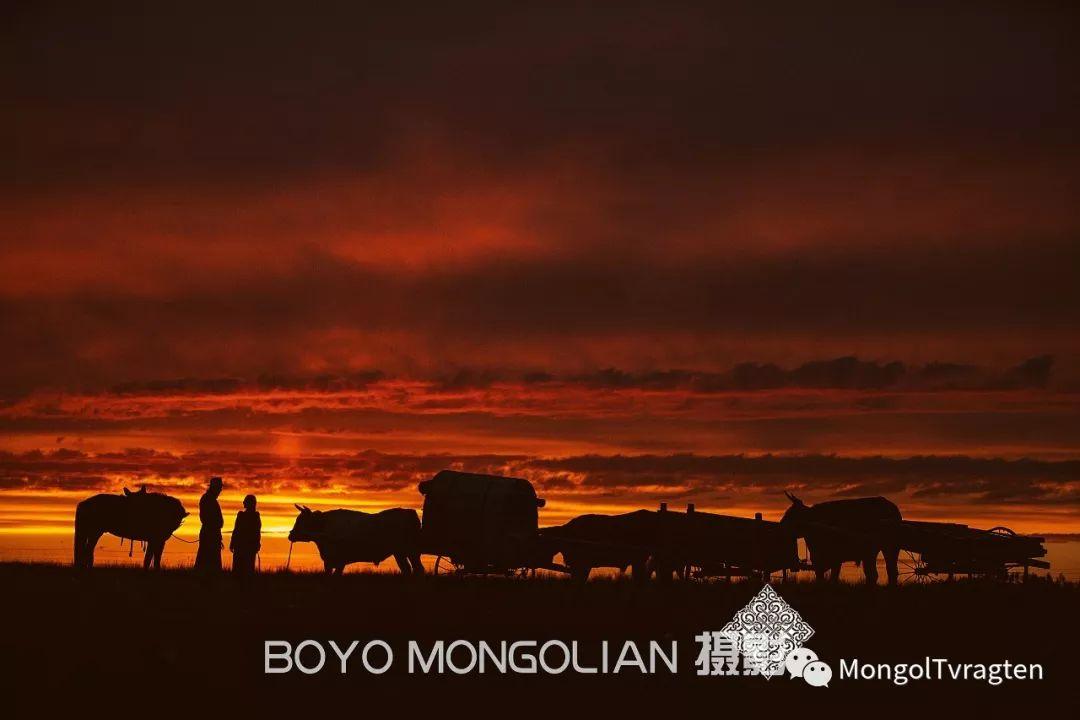 ᠪᠣᠶᠠᠨᠳᠡᠯᠭᠡᠷ ᠵᠢᠷᠣᠭᠯᠠᠯ 第1张 ᠪᠣᠶᠠᠨᠳᠡᠯᠭᠡᠷ ᠵᠢᠷᠣᠭᠯᠠᠯ 蒙古文化