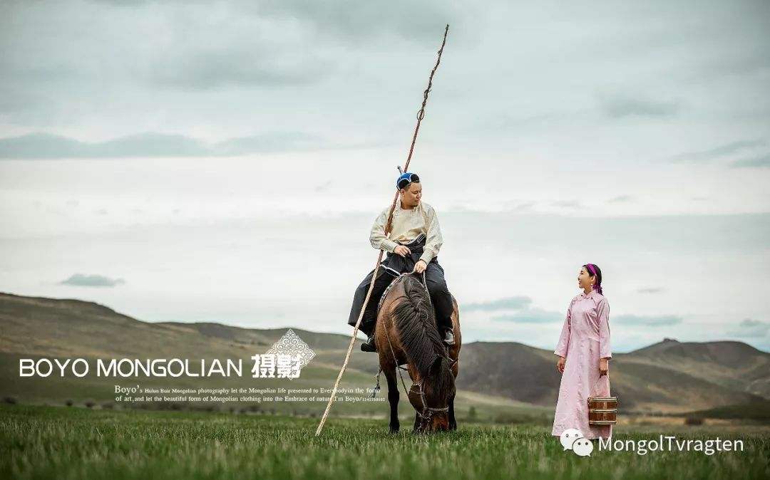 ᠪᠣᠶᠠᠨᠳᠡᠯᠭᠡᠷ ᠵᠢᠷᠣᠭᠯᠠᠯ 第31张 ᠪᠣᠶᠠᠨᠳᠡᠯᠭᠡᠷ ᠵᠢᠷᠣᠭᠯᠠᠯ 蒙古文化