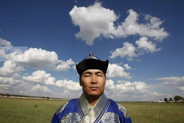 【蒙古文化】探访成吉思汗陵80后守陵人 第2张 【蒙古文化】探访成吉思汗陵80后守陵人 蒙古文化