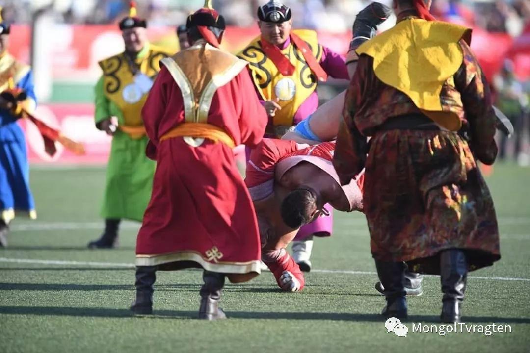 ᠮᠣᠩᠭᠣᠯ ᠨᠠᠭᠠᠳᠣᠮ 那达慕 第14张 ᠮᠣᠩᠭᠣᠯ ᠨᠠᠭᠠᠳᠣᠮ 那达慕 蒙古文化