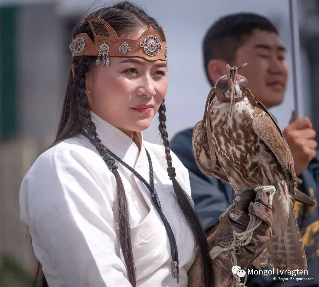 ᠮᠣᠩᠭᠣᠯ ᠨᠠᠭᠠᠳᠣᠮ 那达慕 第40张 ᠮᠣᠩᠭᠣᠯ ᠨᠠᠭᠠᠳᠣᠮ 那达慕 蒙古文化