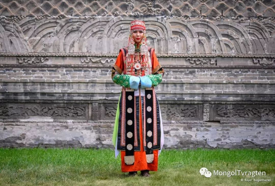 ᠮᠣᠩᠭᠣᠯ ᠨᠠᠭᠠᠳᠣᠮ 那达慕 第42张 ᠮᠣᠩᠭᠣᠯ ᠨᠠᠭᠠᠳᠣᠮ 那达慕 蒙古文化