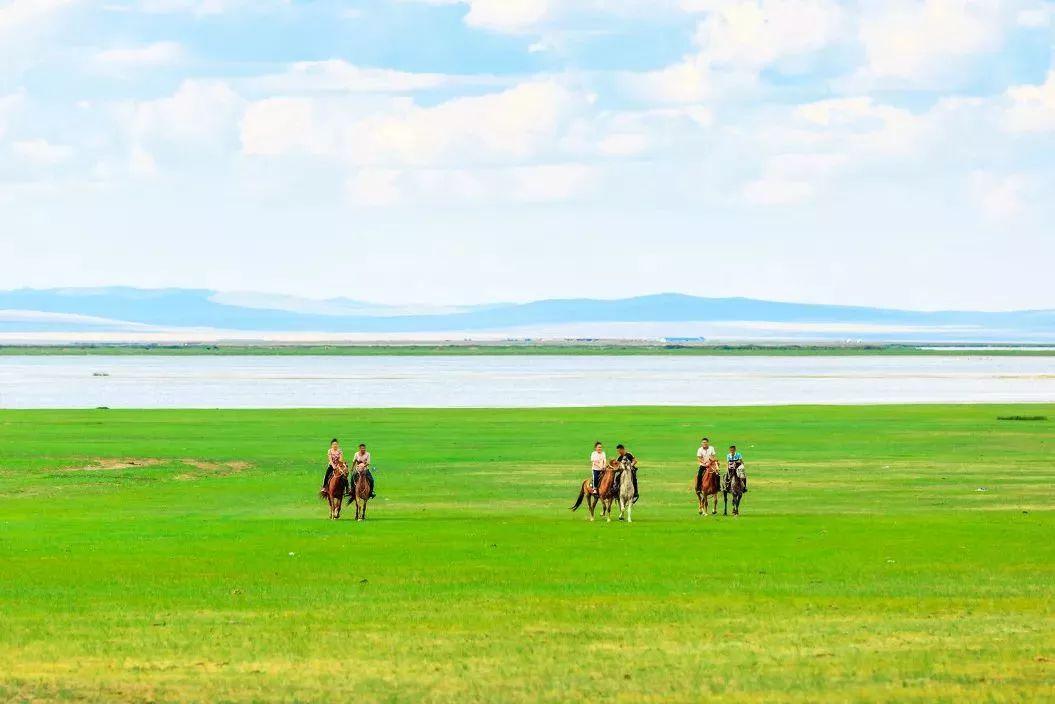 乌珠穆沁,一个美了千年的绝色草原 第18张 乌珠穆沁,一个美了千年的绝色草原 蒙古文化