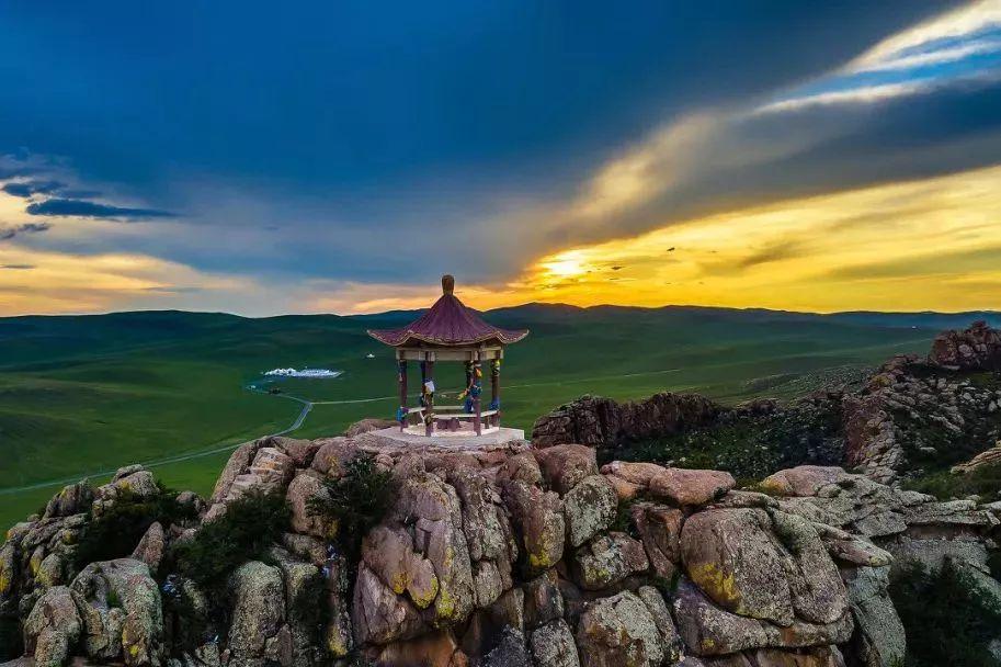 乌珠穆沁,一个美了千年的绝色草原 第25张 乌珠穆沁,一个美了千年的绝色草原 蒙古文化