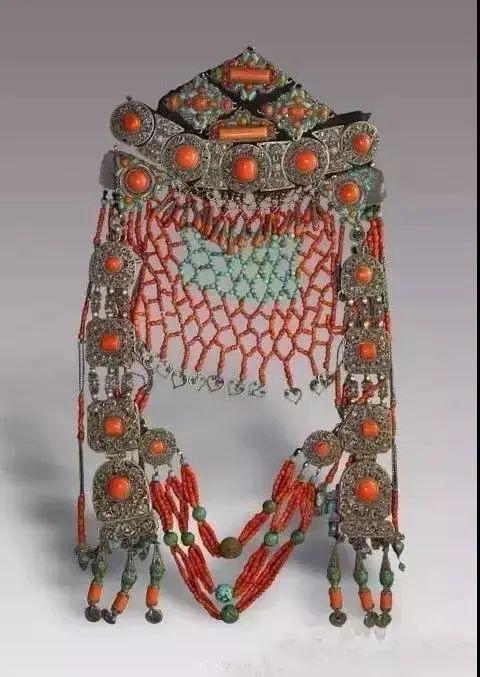 【乌拉特文化】霓裳   华丽的蒙古族头饰 第17张 【乌拉特文化】霓裳   华丽的蒙古族头饰 蒙古服饰