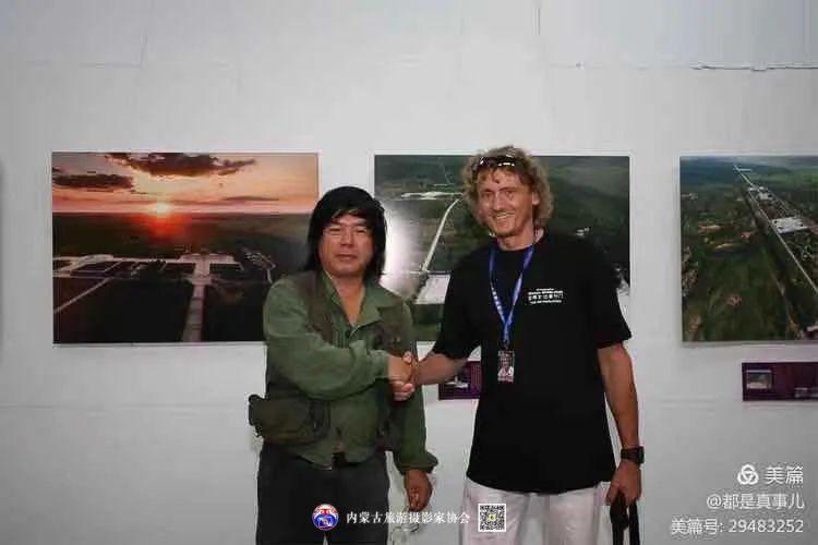 豪气难掩,志在蓝天——记我区著名蒙古族航空摄影家诺敏·何 第28张 豪气难掩,志在蓝天——记我区著名蒙古族航空摄影家诺敏·何 蒙古文化