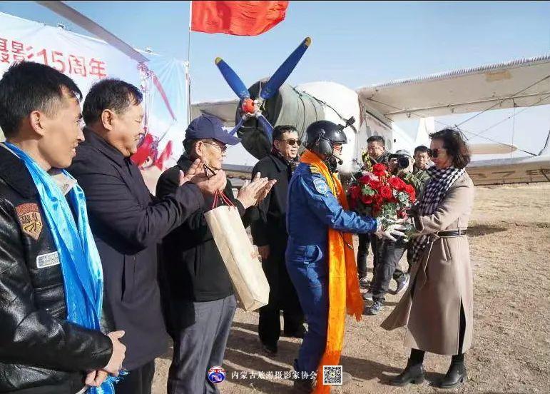 豪气难掩,志在蓝天——记我区著名蒙古族航空摄影家诺敏·何 第47张 豪气难掩,志在蓝天——记我区著名蒙古族航空摄影家诺敏·何 蒙古文化