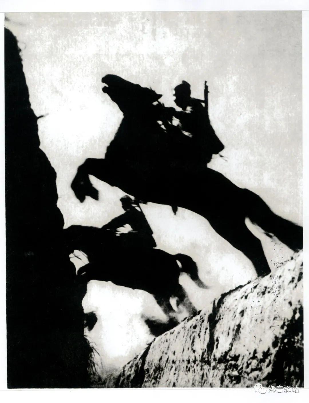写在纪录片《内蒙古骑兵》开播之际——我区著名作家萨仁托娅 第5张 写在纪录片《内蒙古骑兵》开播之际——我区著名作家萨仁托娅 蒙古文化