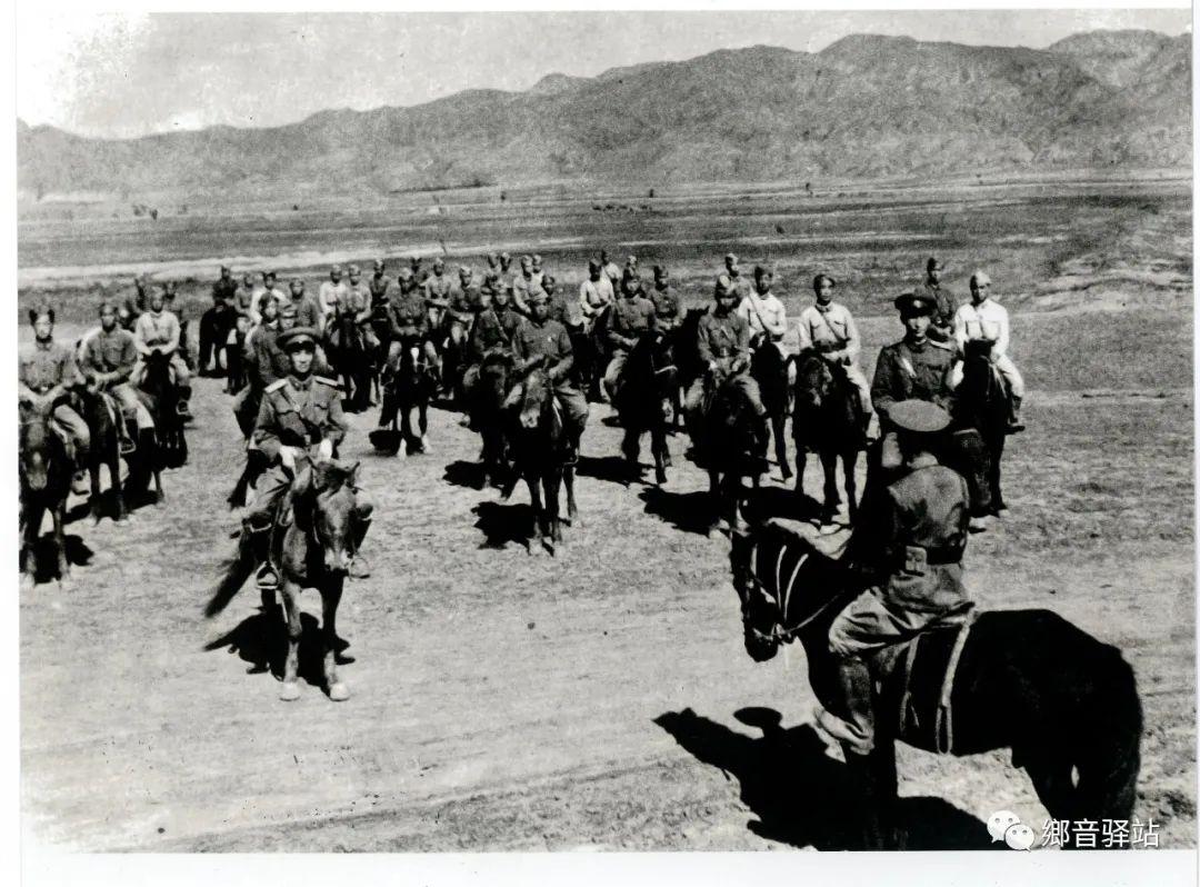 写在纪录片《内蒙古骑兵》开播之际——我区著名作家萨仁托娅 第11张 写在纪录片《内蒙古骑兵》开播之际——我区著名作家萨仁托娅 蒙古文化