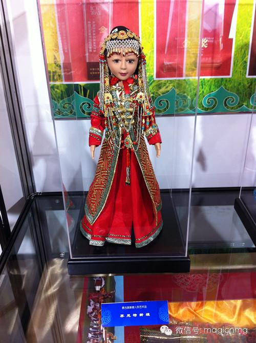 """蒙古族新娘""""芭比娃娃"""" 第5张 蒙古族新娘""""芭比娃娃"""" 蒙古工艺"""