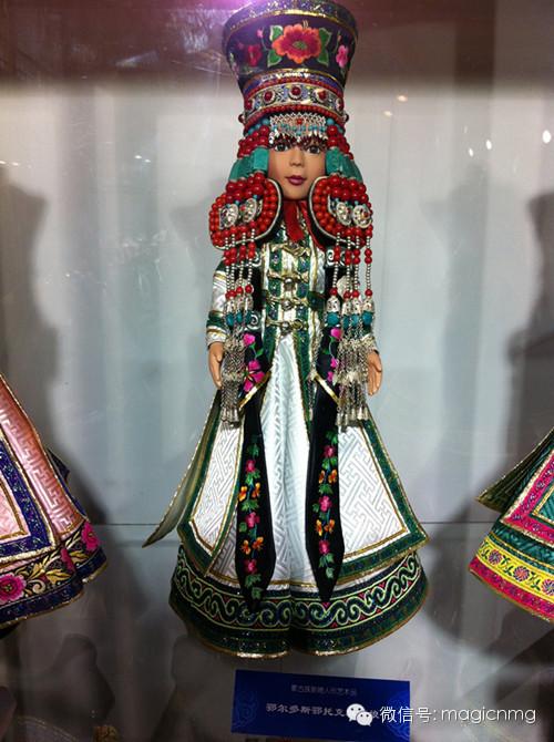 """蒙古族新娘""""芭比娃娃"""" 第7张 蒙古族新娘""""芭比娃娃"""" 蒙古工艺"""