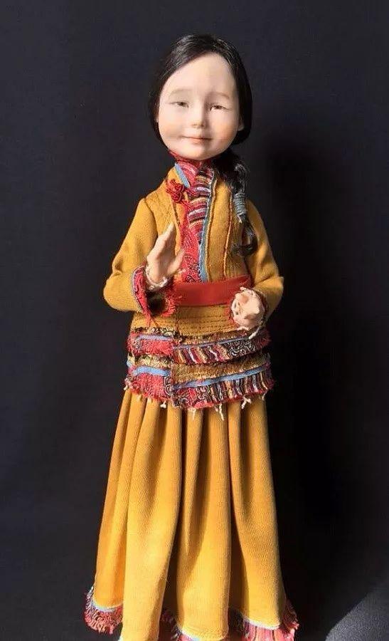 布里亚特美女制作的蒙古布娃娃,太可爱了!
