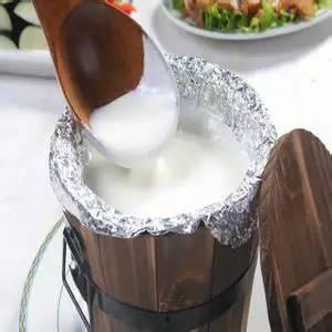蒙古族民间仲夏常用饮料——酸奶