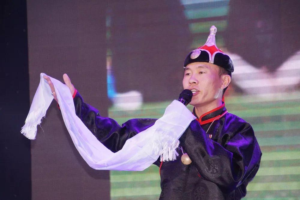蒙古人永恒的祝词与赞词